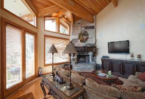 Deer Valley Vacation Condo - Great Room