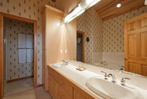 Deer Valley Vacation Condo - Master Bathroom