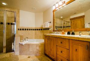 Park City Vacation Condo - Master Bathroom