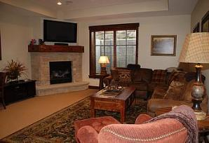 ParK City vacation rental - Silver Star family room