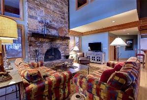 Park City Vacation Rentals - Floor-to-Ceiling Fireplace in Great Room